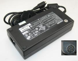 Qosmio X500-S1811 laptop adapter, 19V 180W original TOSHIBA adaptrar